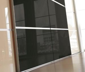 Dažytas stiklas Lacobel stumdomoms durims