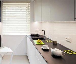 Dažytas stiklas Lacobel virtuvėje