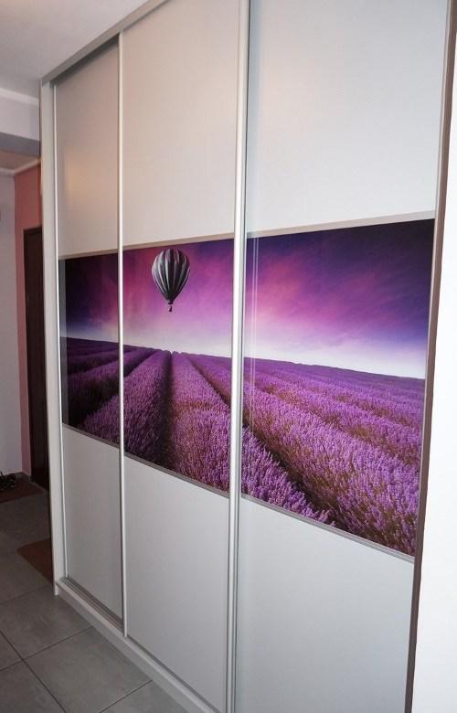 Sieninės spintos su stumdomomis durimis